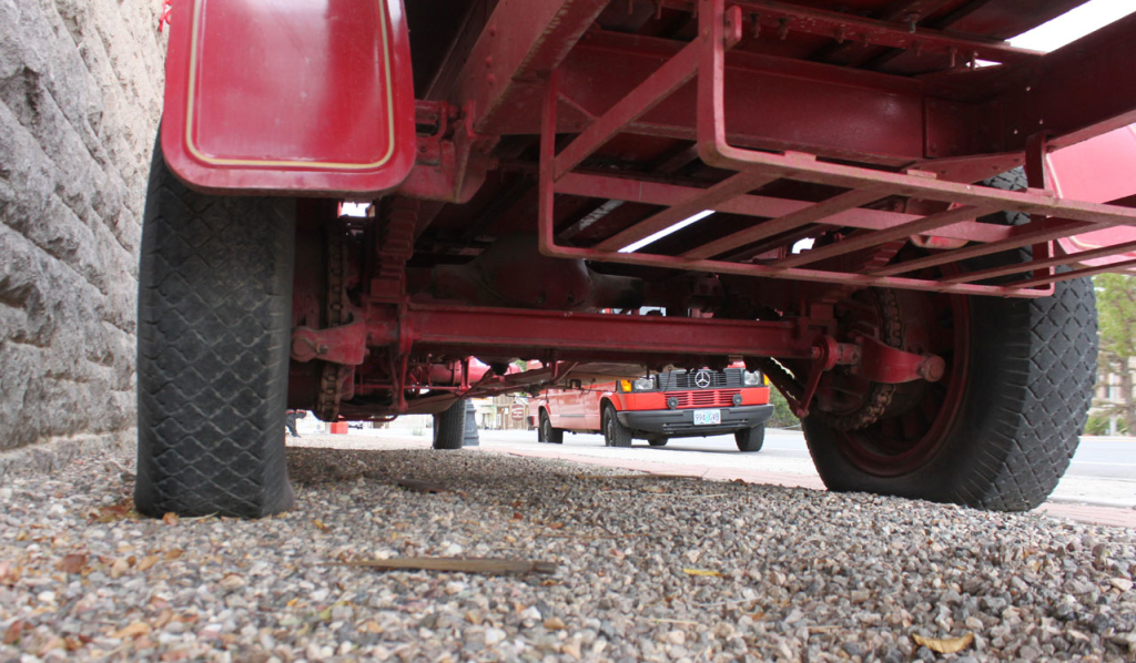 Chain drive on the fire truck